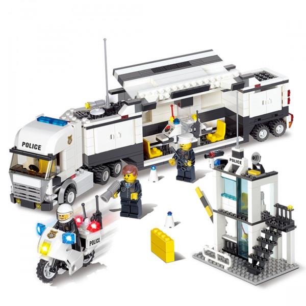 Vorbestellung: POLIZEI Truck mit vielen Einsatzmöglichkeiten